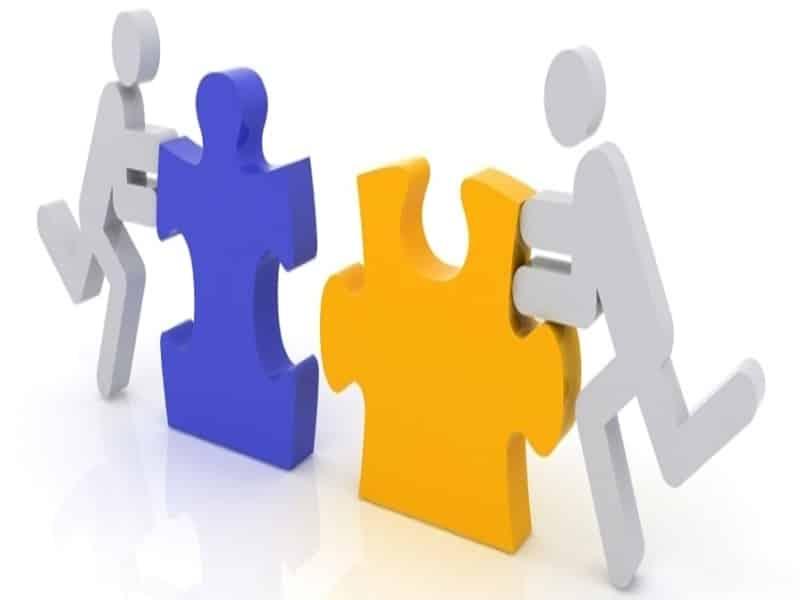 doanh nghiệp là công ty trách nhiệm hữu hạn hay công ty cổ phần