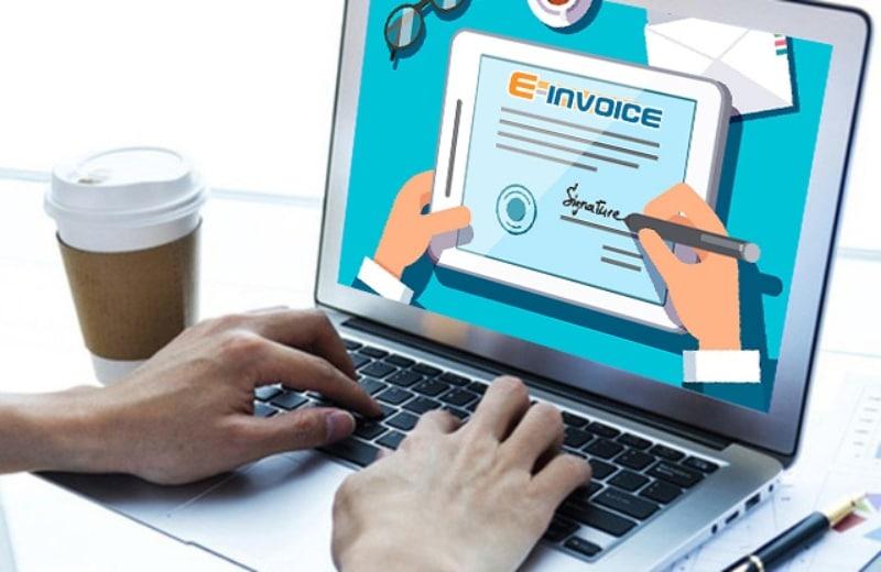 Chữ ký người chuyển đổi trên hóa đơn điện tử có bắt buộc không?