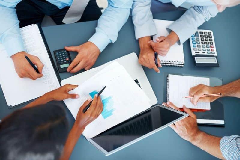 Thuê chuyên viên tư vấn dịch vụ kế toán mang đến nhiều lợi ích thực cho công ty